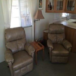 154-m-img-chairs-rz-_5717