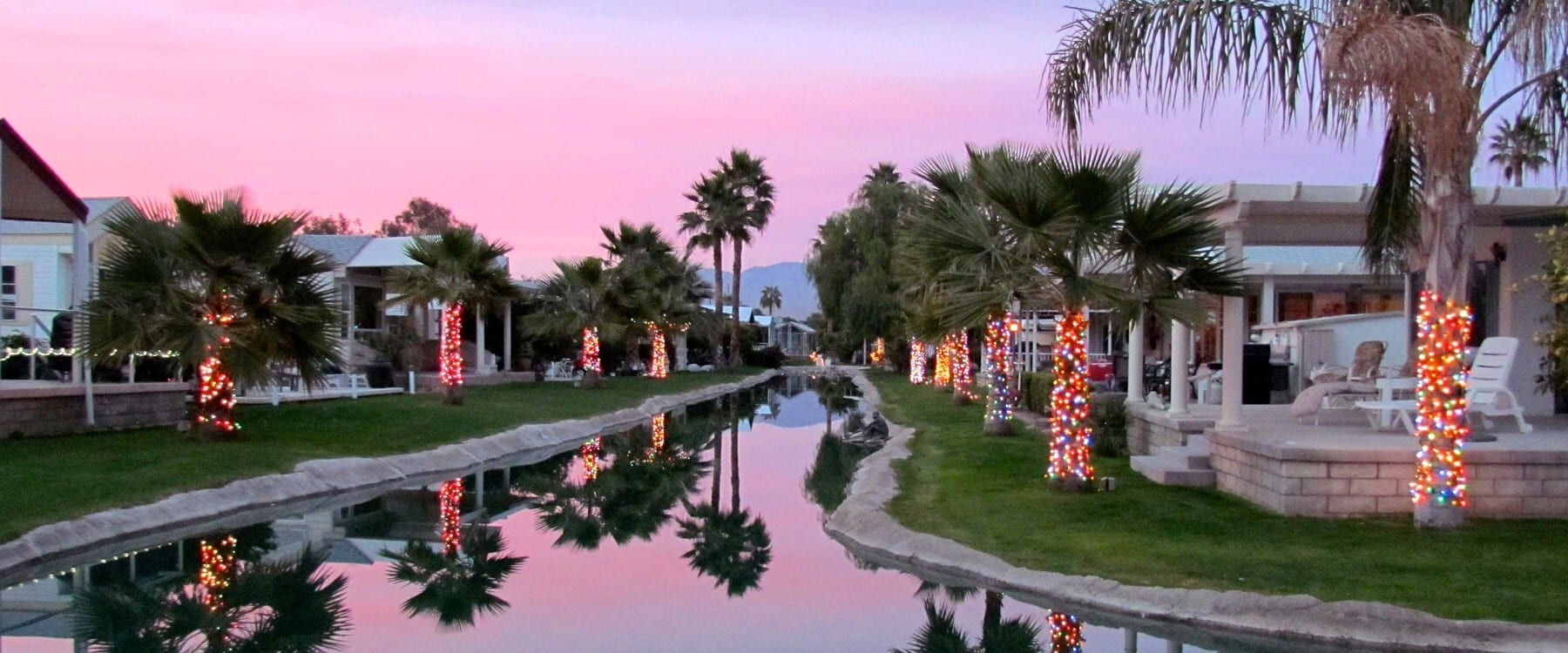 Desert Air Resort, as pretty in the evening as during the day